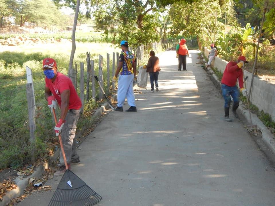 Gran Operativo de Limpieza por todo el municipio de Laguna Salada